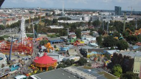 View from the pariser wheel down on the amusement park :)