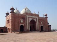 On each side of the Taj Mahal there are two red colored palaces that nobody take notice on
