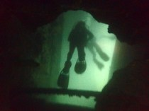 "Diving inside the ""Morazan Maru"", the big cargo ship!"