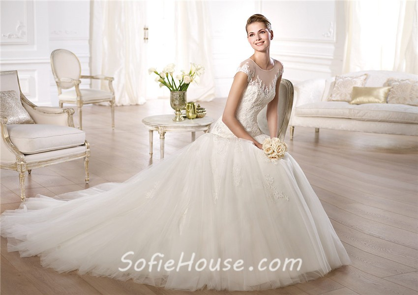 A Line Sheer Illusion Scoop Neckline Cap Sleeve Tulle Lace