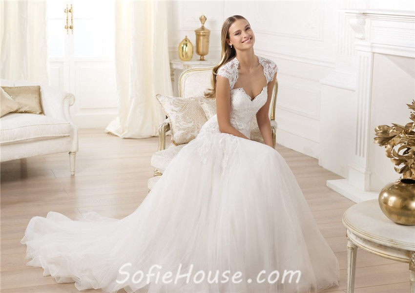 Princess A Line Sweetheart Cap Sleeve Open Back Tulle Lace