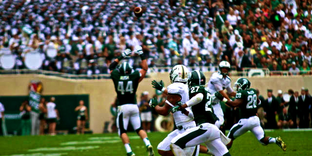 🎥 South Florida at Michigan State   Eveld Passing over the Middle 2013   SoFloBulls.com  