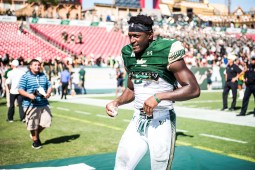 118 USF vs ECU 2016 - USF RB Marlon Mack (5610x3745)