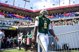 22 USF vs ECU 2016 - USF QB Quinton Flowers exiting the tunnel 4 (3979x2653)