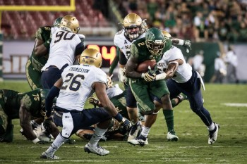 79 - Navy vs. USF 2016 - USF RB D'Ernest Johnson by Dennis Akers | SoFloBulls.com (2830x1887)
