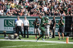 16 - USF vs. UCF 2016 - USF RB Marlon Mack tip toes in for the TD by Dennis Akers | SoFloBulls.com (4699x3137)