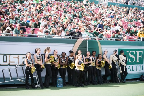 47 - UCF Cheerleaders during #WarOnI4 by Dennis Akers | SoFloBulls.com (5981xx3993)