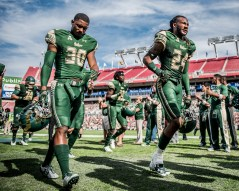 55 - USF vs. UCF 2016 - USF DB Jalen Spencer Johnny Ward by Dennis Akers | SoFloBulls.com (4043x3234)