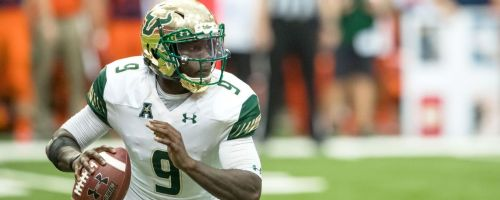 USF QB Quinton Flowers Rolling Out 2016 Background Header Image (1296x518)