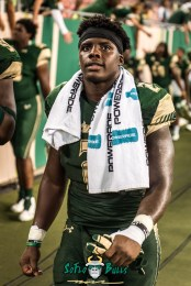 169 - Temple vs. USF 2017 - USF RB D'Ernest Johnson by Dennis Akers | SoFloBulls.com (2925x4382)
