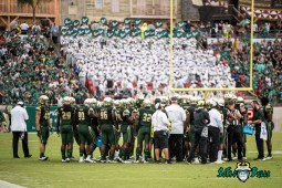 29 - Stony Brook vs. USF 2017 - USF Football Team on Field by Dennis Akers | SoFloBulls.com (5710x3812)