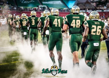 39 - Temple vs. USF 2017 - USF DE Greg Reaves Spencer Adkinson Craig Watts by Dennis Akers | SoFloBulls.com (3773x2695)
