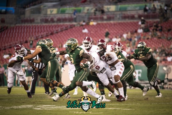 57 - Temple vs. USF 2017 - USF RB D'Ernest Johnson by Dennis Akers | SoFloBulls.com (5253x3507)