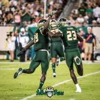 58 - Illinois vs. USF 2017 - USF DB Ronnie Hoggins Mazzi Wilkins by Dennis Akers | SoFloBulls.com (2881x2881)