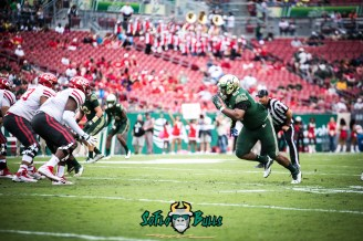 12 - USF vs. Houston 2017 - USF DT Bruce Hector by Dennis Akers | SoFloBulls.com (6016x4016)