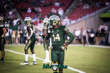 57 - USF vs. Houston 2017 - DB Mike Hampton by Dennis Akers | SoFloBulls.com (6016x4016)