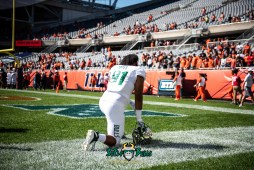 4 - USF vs. Illinois 2018 - USF DE Rashawn Yates by Dennis Akers | SoFloBulls.com (6016x4016)