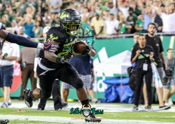 148 - USF vs. UConn 2018 - USF RB Johnny Ford by Will Turner | SoFloBulls.com (4151x2985) - 0H8A9059