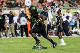 162 - USF vs. UConn 2018 - USF RB Johnny Ford by Will Turner | SoFloBulls.com (4066x2723) - 0H8A9183