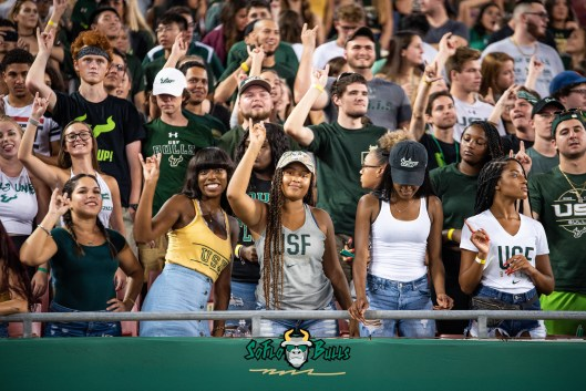 17 - USF vs. ECU 2018 - USF Fans in Crowd by Dennis Akers | SoFloBulls.com (6016x4016)