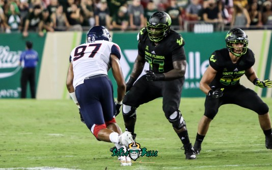 89 - USF vs. UConn 2018 - USF OL Marcus Norman Mitchell Wilcox by Will Turner | SoFloBulls.com (3365x2107) - 0H8A8657