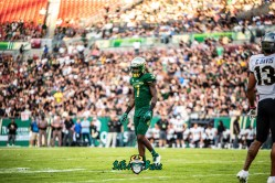 49 - UCF vs. USF 2018 - USF DB Mike Hampton by Dennis Akers | SoFloBulls.com