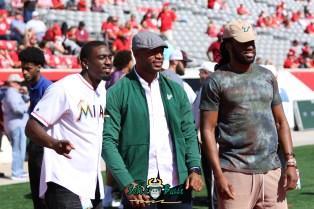 65 - USF vs. Houston 2018 - USF Football Players Kayvon Webster Sam Barrington Mistral Raymond by Will Turner | SoFloBulls.com (5472x3648) - 0H8A9463