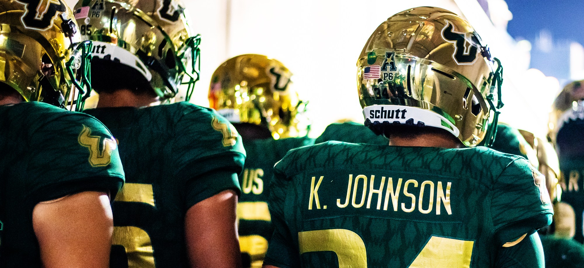 16 – Marshall vs. USF 2018 – USF LB Keirston Johnson Photo Page Featured Image by Dennis Akers – SoFloBulls.com