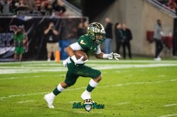 46 - Marshall vs. USF 2018 - USF DB Bentlee Sanders Kick Return by Dennis Akers | SoFloBulls.com