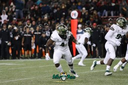 25 – USF vs. Cincinnati 2018 – USF LB Greg Reaves by Will Turner – SoFloBulls.com – 0H8A1014