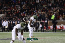 27 – USF vs. Cincinnati 2018 – USF DB Mazzi Wilkins Naytron Culpepper by Will Turner – SoFloBulls.com – 0H8A1017