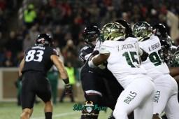 47A – USF vs. Cincinnati 2018 – USF DE Vincent Jackson Jr Kevin Bronson by Will Turner – SoFloBulls.com – 0H8A1063