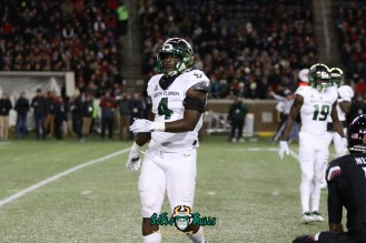 79 – USF vs. Cincinnati 2018 – USF LB Greg Reaves by Will Turner – SoFloBulls.com – 0H8A1174