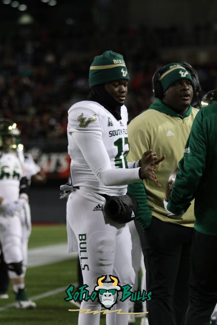 80 – USF vs. Cincinnati 2018 – USF QB Jordan McCloud Brian Jean-Mary by Will Turner – SoFloBulls.com – 0H8A1175