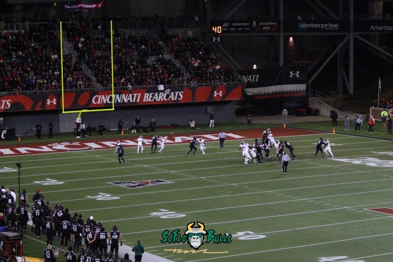 81 – USF vs. Cincinnati 2018 – Bulls playing the Bearcats at Nippert Stadium field shot by Will Turner – SoFloBulls.com – 0H8A1179