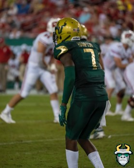 113 - Wisconsin vs USF 2019 - USF DB Mike Hampton by David Gold - DRG06539