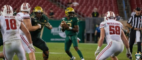 131 - Wisconsin vs USF 2019 - USF QB Jordan McCloud Panorama by David Gold - DRG06994
