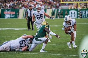 102 - BYU vs USF 2019 - Vincent Davis Jr by David Gold - DRG01239