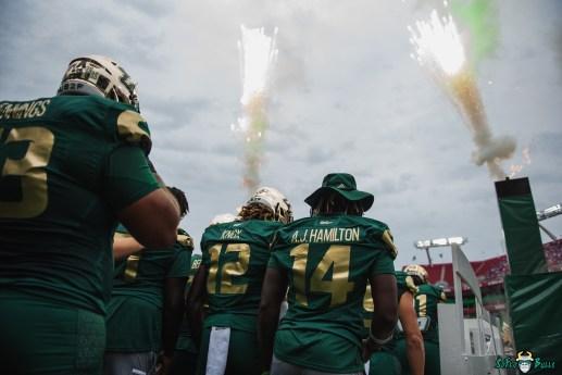73 Florida vs USF 2021 - AJ Hamilton Ben Knox exit tunnel fire DA