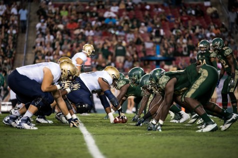 66 - Navy vs. USF 2016 - USF DL vs. Navy OL by Dennis Akers | SoFloBulls.com (5698x3804)
