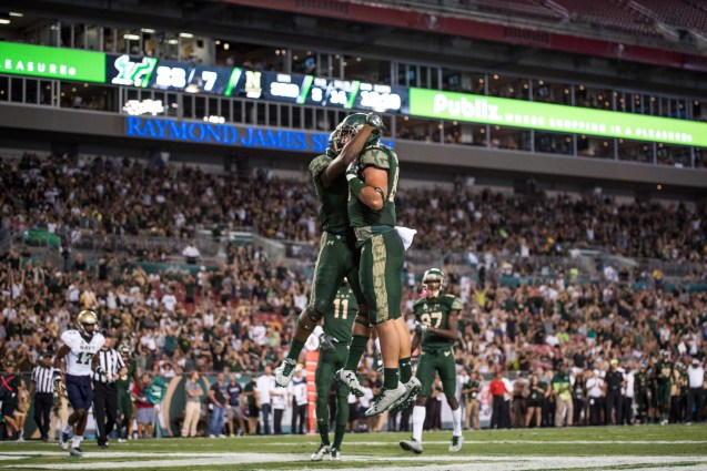 74 - Navy vs. USF 2016 - USF TE Mitchell Wilcox TD Celebration with Quinton Flowers by Dennis Akers | SoFloBulls.com (5018x3350)
