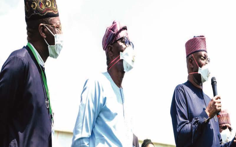 Buhari reviews lockdown weekend
