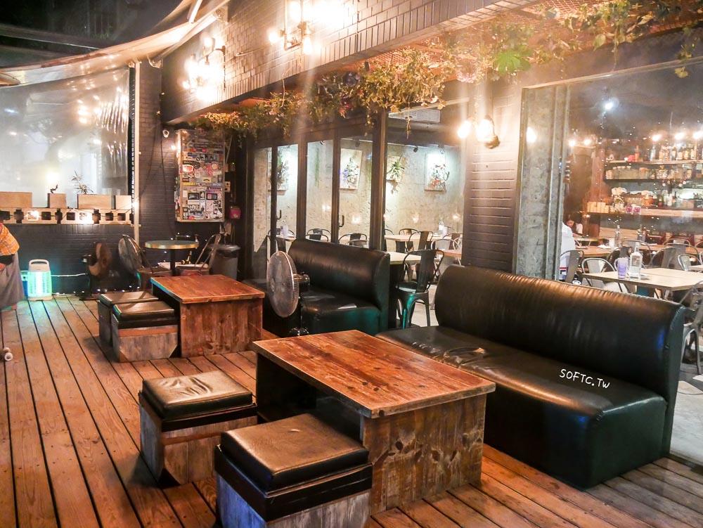 東區餐酒館推薦》dé PLACE德普雷斯●超萌鬆獅犬祖咪顧店!可以帶毛小孩一起來的寵物友善餐酒館