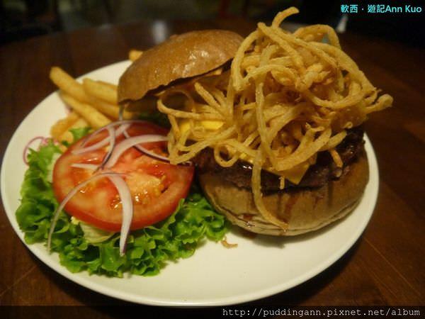 [食記]台北景美 發福廚房Bravo Burger 吃了吃了就發福了~