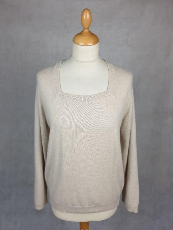Lyle & Scott Vintage Square Neck Sweater, Beige in 100% Cashmere | Softtouch Cashmere