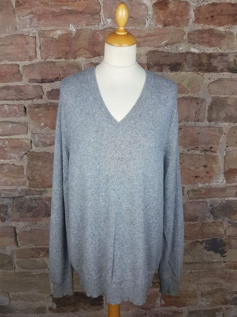 Gap Cashmere V Neck Sweater in Light Grey | Softtouch Cashmere