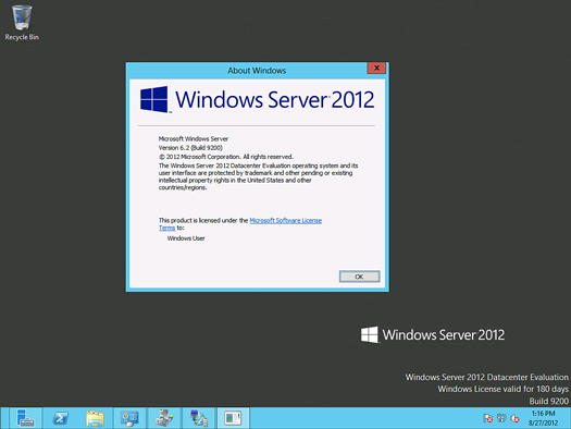 Windows Server 2012 desktop screen