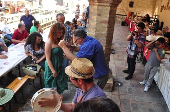 Moresco   Fermo 2012   Balli tradizionali sud Italia