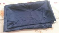 Satin bleu nuit - 86 x 147 cm - 3€