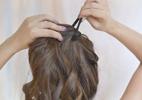 7 bước tự tạo mái tóc xoăn quyến rũ 7